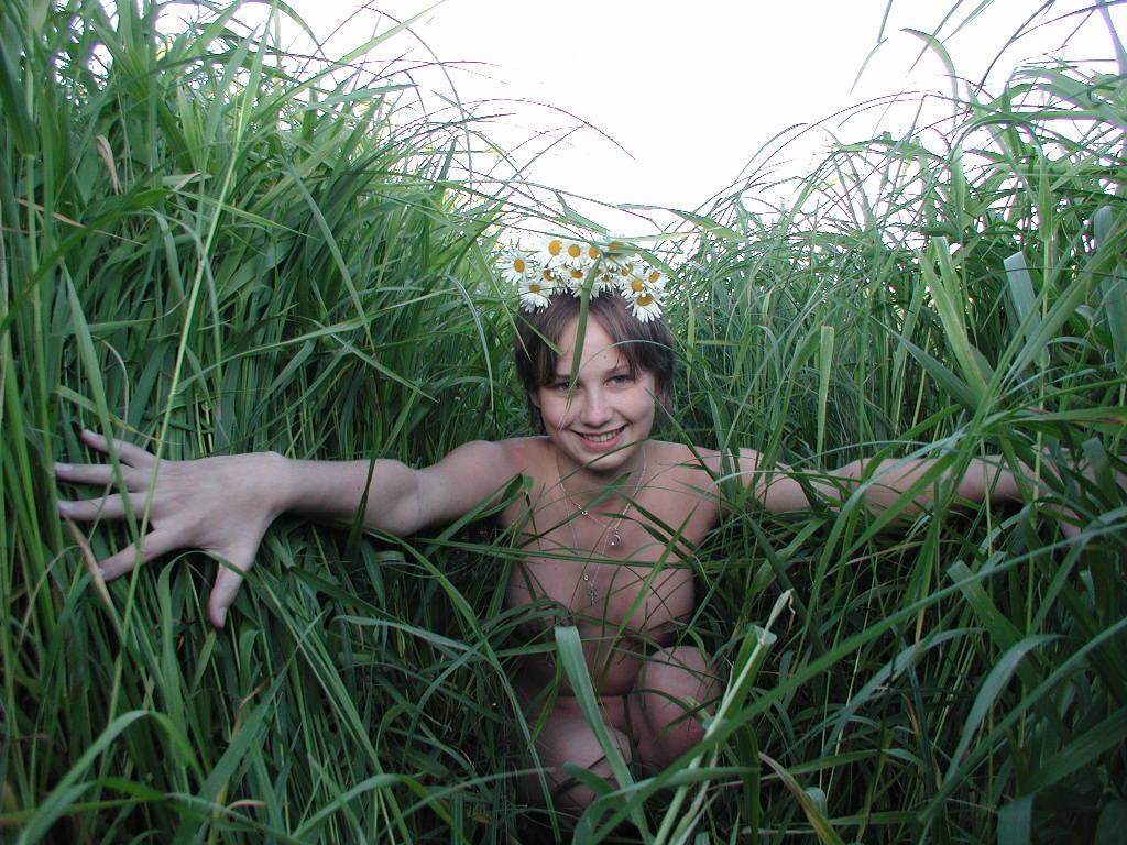etaphro nudist